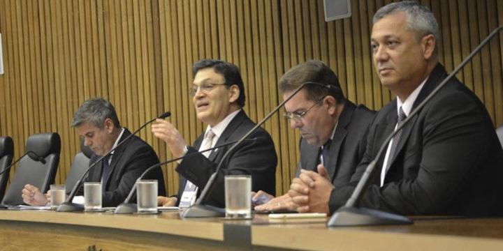 Medina Osório conferenciou para gestores públicos no RS