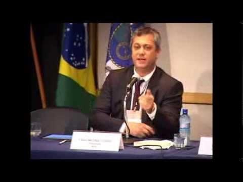 Fábio Medina Osório palestra em seminário do IIEDE